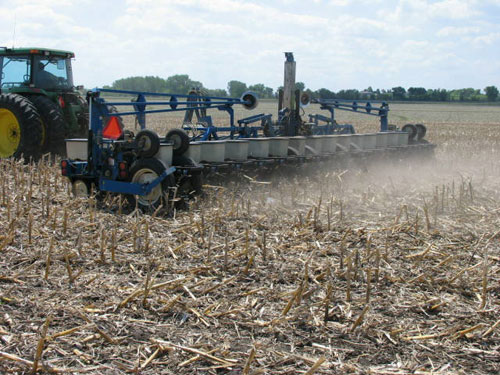 No-till planting soybean into corn residue