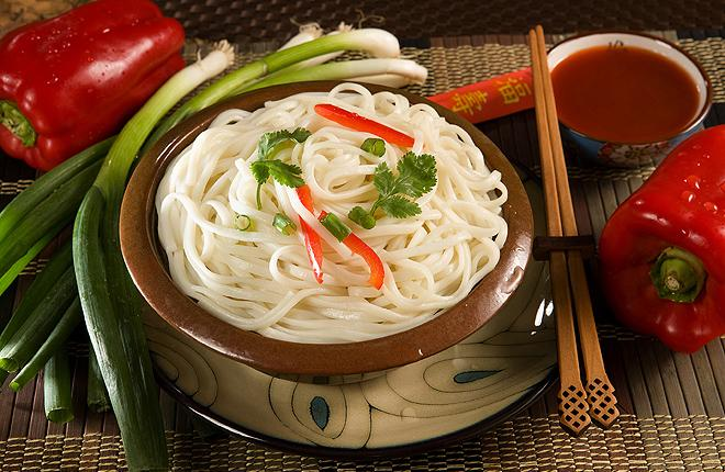 Bowl of white noodles