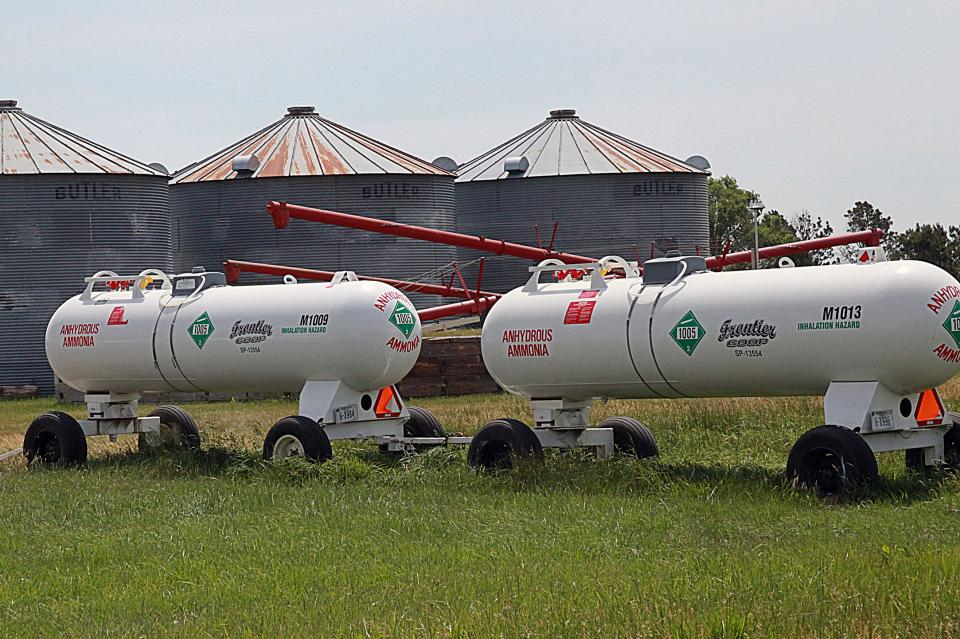 Anhydrous Safety Training geared to farmers, elevator and co-op staff, and the public will be held at the Mid-America Center in Council Bluffs Thursday Nov. 29 from 1-2:30 p.m.