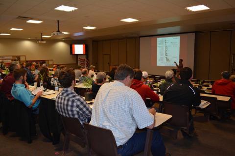 Field crop scout training in 2016