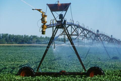 Center pivot irrigation