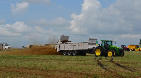 Land application of manure with a solid manure spreader (Photo by Robb Meinen, Pennsylvania State University)