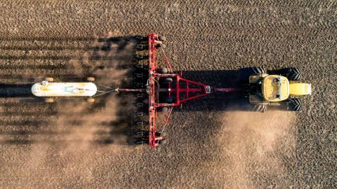 Anhydrous application in field