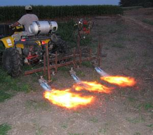 Demonstration of 3-row flame weeder for agronomic crops
