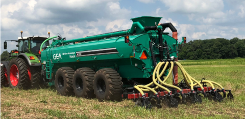 Precision manure applicator